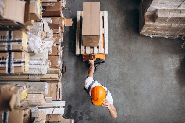 El servicio al cliente abarca diversas actividades que tienen lugar antes, durante y después de la venta