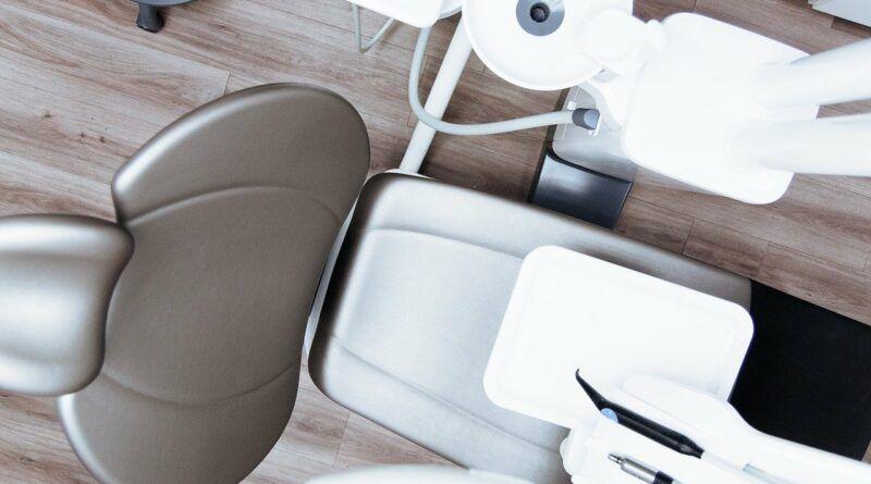 programa de formación para empleados de clínicas dentales